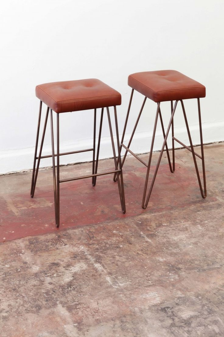 Black star bar stools furniture and design objects for Cheap hairpin legs