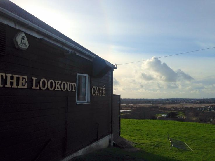 Have you ever been to The Lookout Cafe at Bowleaze? Most amazing views across to Weymouth. The hot chocolate was really good too! To view our holiday cottages in Weymouth visit www.dream-cottages.co.uk