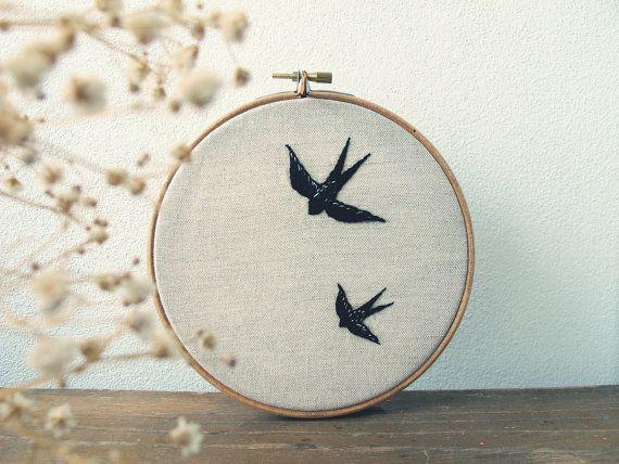 Embroidered swallows Andorinhas bordadas by jubela on Etsy