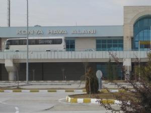 Konya Havaalanı Anlık Uçuş Seferlerini sorgulayabilir, ucuz konya uçak bileti satın alabilirsiniz.