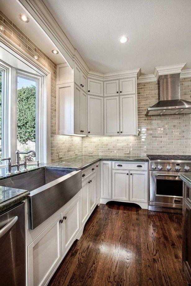 Best 25 stainless steel backsplash tiles ideas on pinterest for Country living light mahogany kitchen island