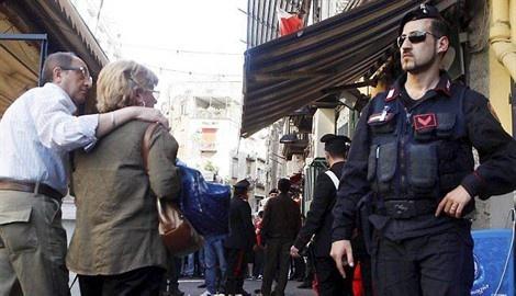 15.04.13 / La mafia gangrène des municipalités / Les autorités italiennes se montrent plus zélées dans la lutte contre la mafia.