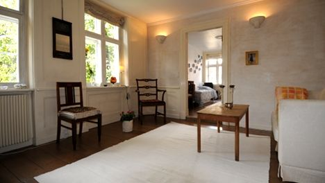 Beautiful 2 bedroom apartment in Copenhagen city center at Niels Hemmingsens Gade!