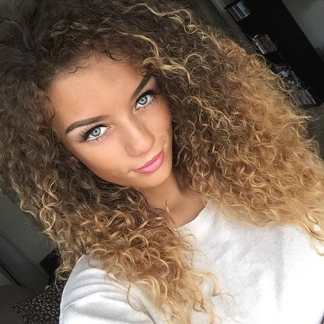 Flawless Makeup Pretty Girl Swag Blonde Brown Ombre Curly Hair Style Hairstyle Jena Frumès