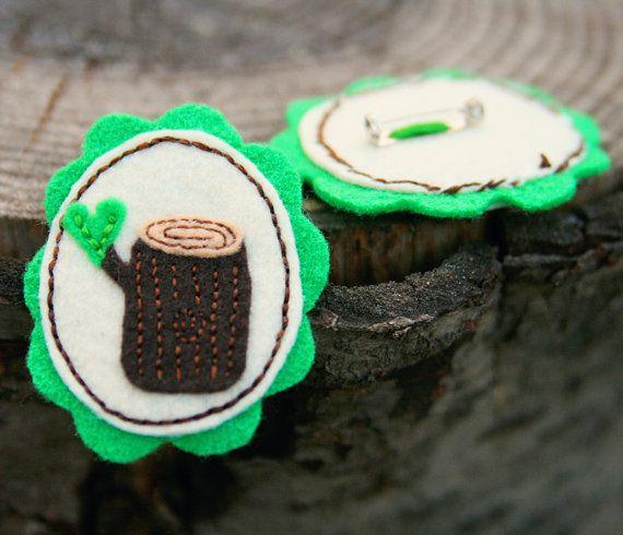 Loving Log - by LittleGrayFox