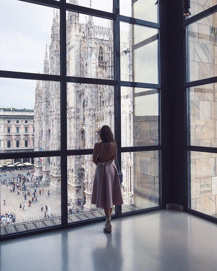 """Mi piace"": 10.7 mila, commenti: 125 - p e l a g e a (@pollunaa) su Instagram: ""Есть города, в которых пасмурно и хорошo"""