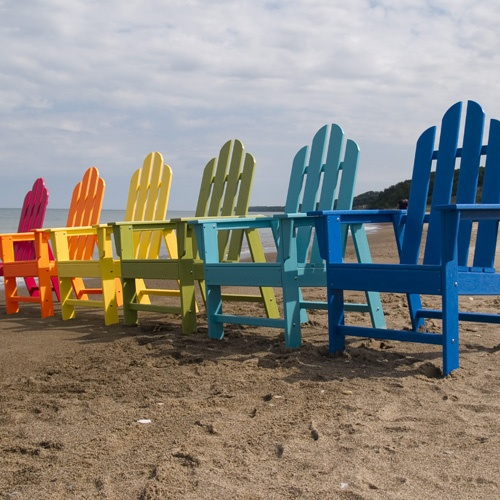 love the coloured chairs