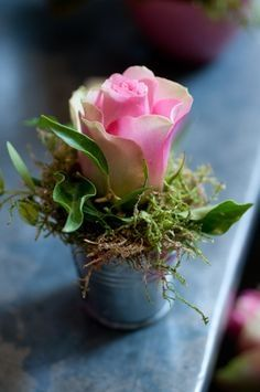 Klein tafelstukje roosjes