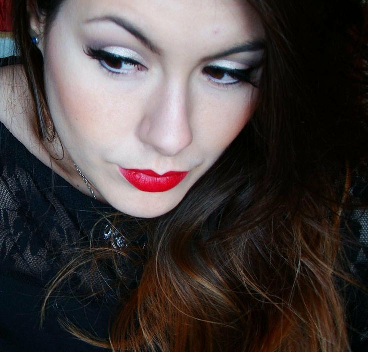 Adele Grammys 2012 Tutorial maquillaje