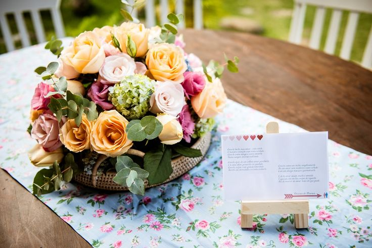 Arranjo de flores para casamento em tons pastel - Foto Fabio Moro