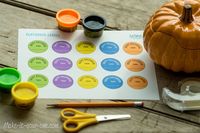 Halloween: Play Dough Gift Tags