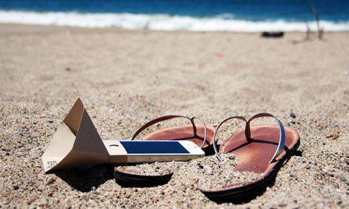 El 93% de los españoles no desconecta durante las vacaciones