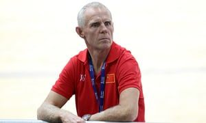 Shane Sutton defends Bradley Wiggins's use of TUEs for 'marginal gains'