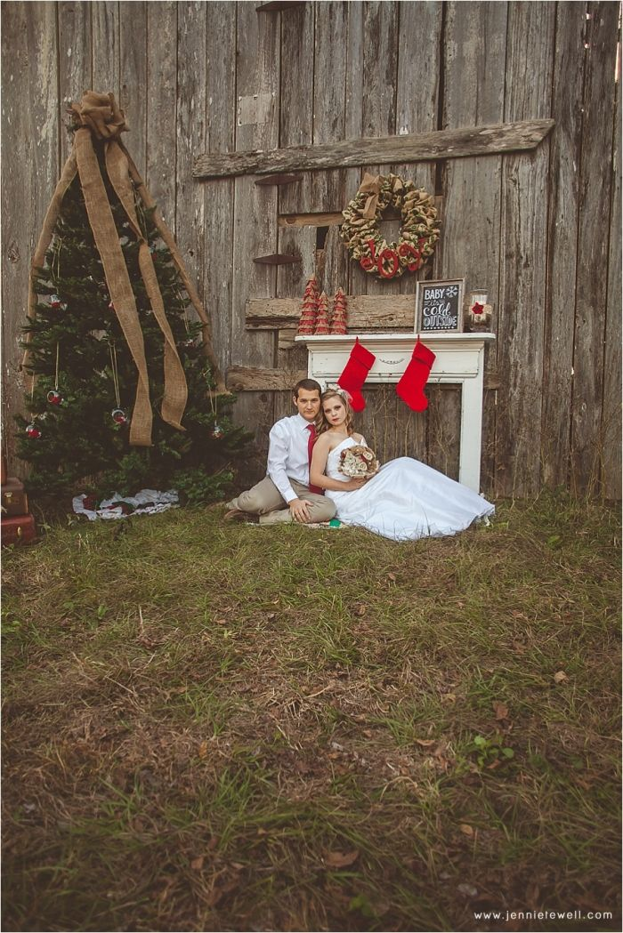 A Rustic Christmas Styled Wedding Shoot {Mobile, Alabama Wedding Photographer}   Mobile, Alabama Wedding Photographer Jennie Tewell