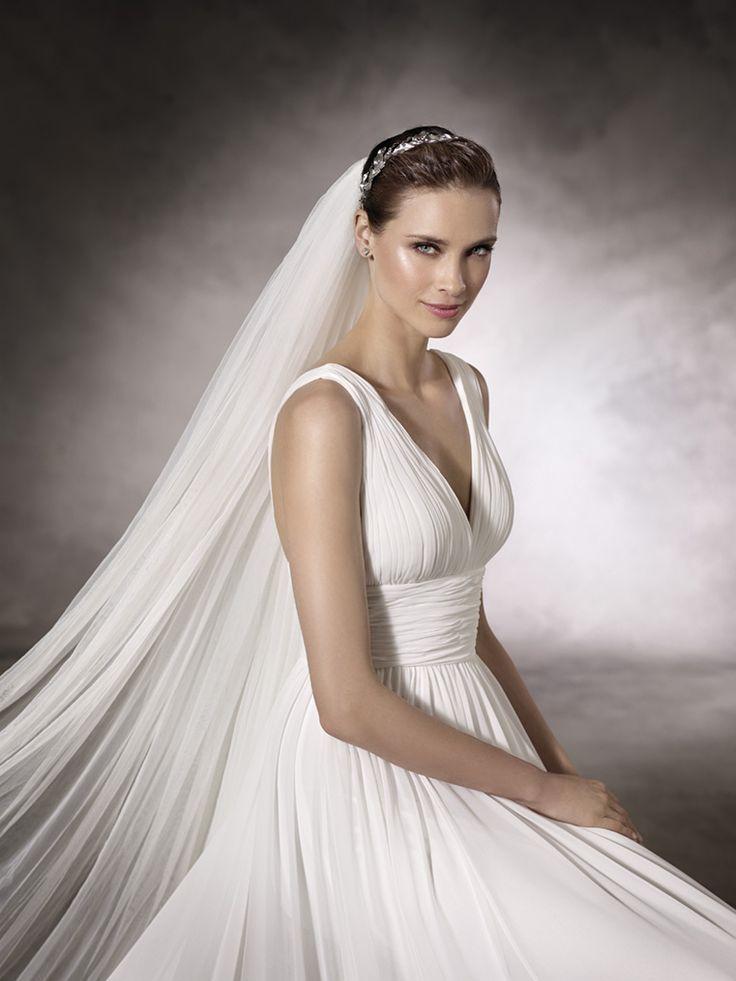 24 best Brautkleid images on Pinterest   Wedding bridesmaid dresses ...