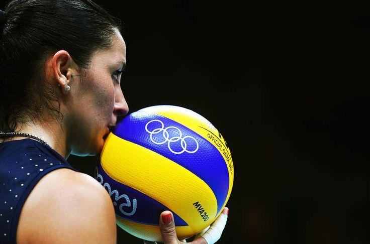 Brasil atropela Argentina no vôlei feminino | VEJA.com