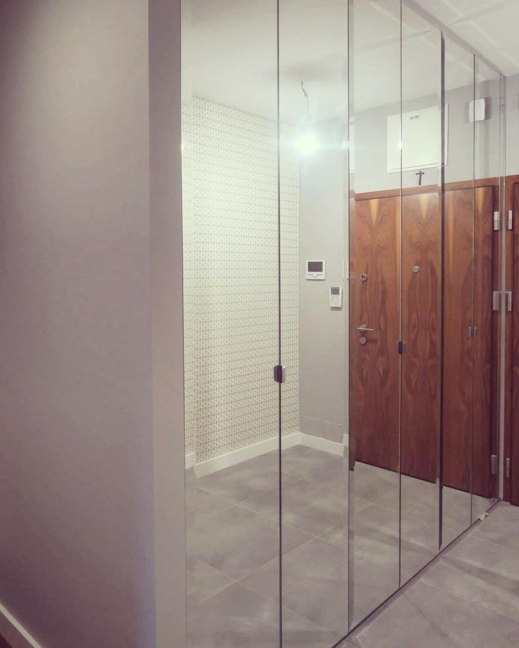 #szafa #wardrobe #styl #lustra #mirrors #wnętrze #home #hall #instaphoto #warsaw #decor #design #poland
