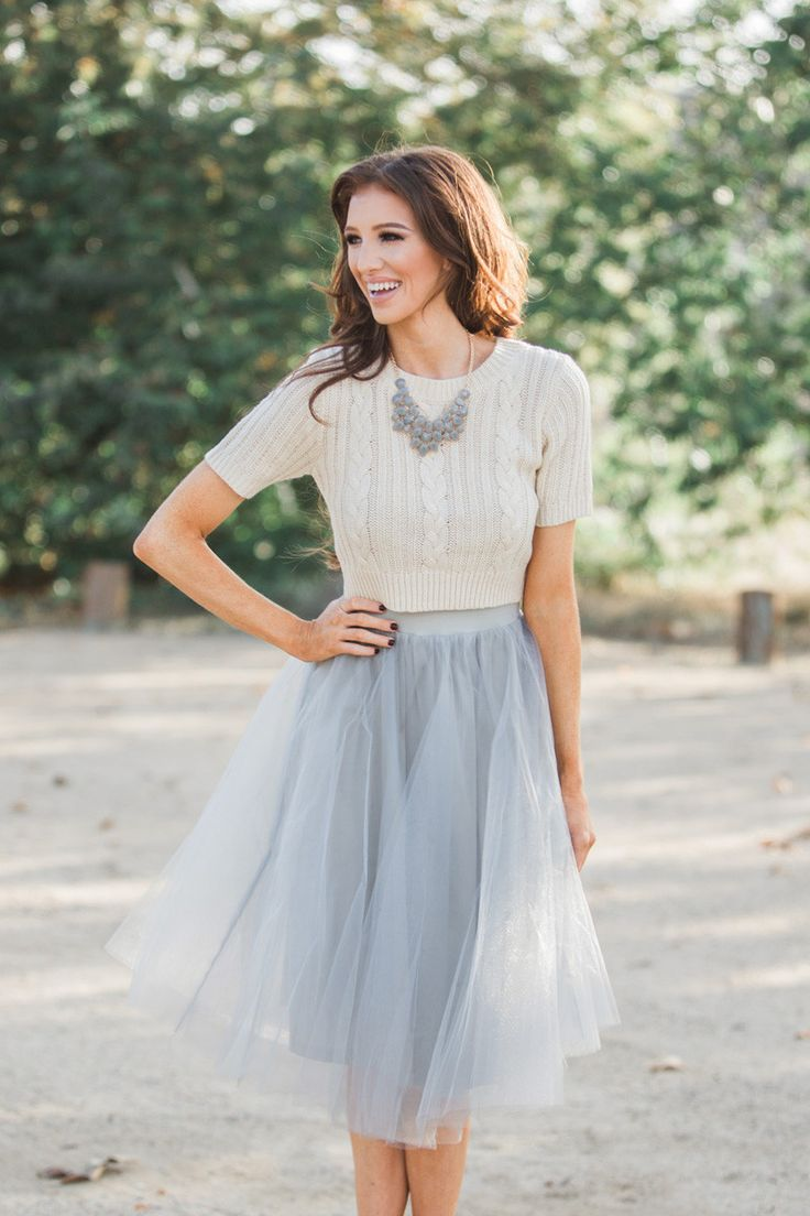 Midi Skirt, tulle skirts, gray midi skirt, fall fashion, christmas outfit ideas, photoshoot outfit ideas, fall fashion, winter fashion