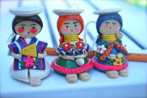 Teachers looking for multicultural art projects will appreciate these miniature figurines made of Ecuadorian Migajón Clay made with only two ingredients.
