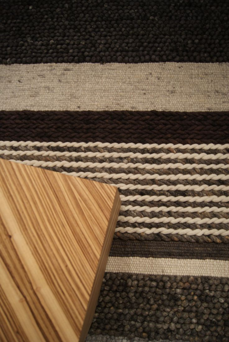 Structures Mix 101-2 op Interieur 2012 in Kortrijk. #wol #wool #vloerkleed #carpet #rug
