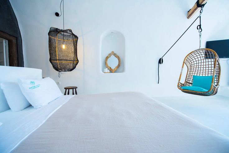 ✨Bed or swing? Explore: www.sophiasuites-santorini.com