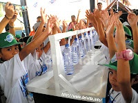 "deiville's I.am.Dial. RECAP    Global Handwashing Day Philippines 2011 – A Nationwide Celebration of How ""Clean Hands Save Lives"""
