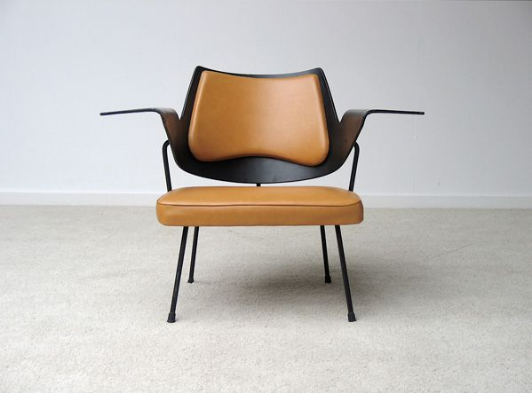 Robin day 39 s 658 chair from 1951 style pinterest robins robin day a - Chaise robin day habitat ...