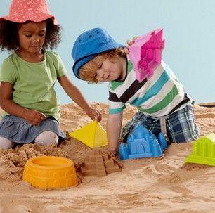 Hapen hiekkamuoteilla teet Taj Mahalin tai pyramidin! Hape / lastenverkkokauppa.fi
