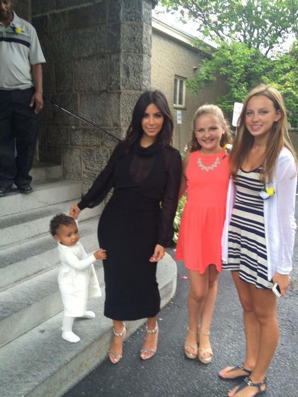 North West And Kim Kardashian Kim Khloe Kourtney Kids Pinterest North West Kardashian