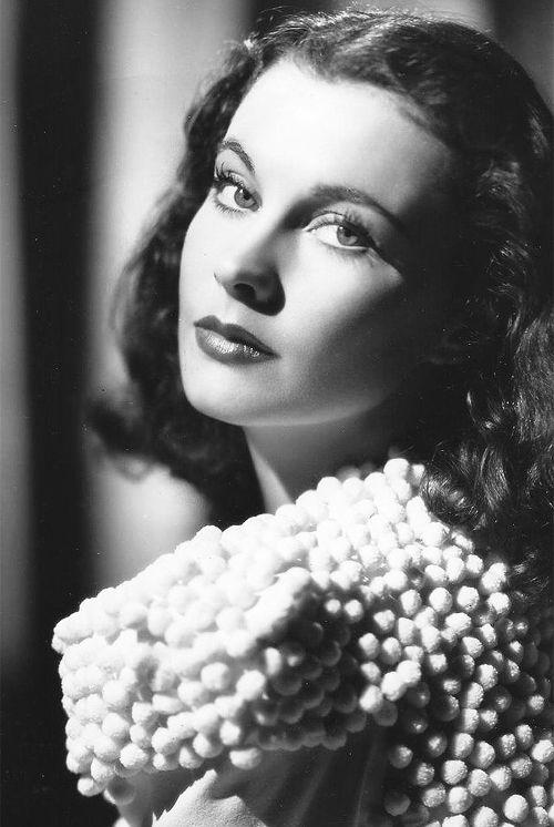 viviensleigh:  Vivien Leigh, 1940                                                                                                                                                                                 More