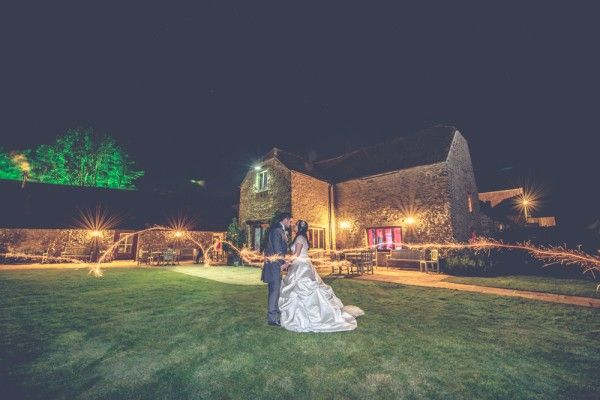 img-Kingscote-Barn-Wedding-Photography-Cotswold-Pictures
