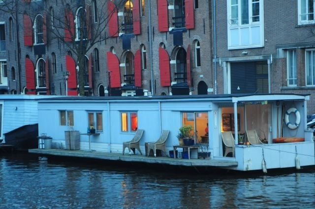 The one-bedroom, one-bathroom houseboat is available to rent starting at $240 per night.   - HouseBeautiful.com