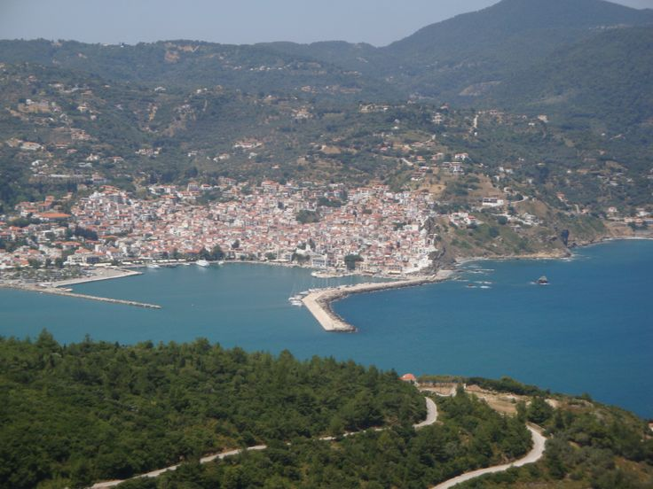 View of Skopelos harbor (Σκόπελος) from Palouki (Παλούκι)