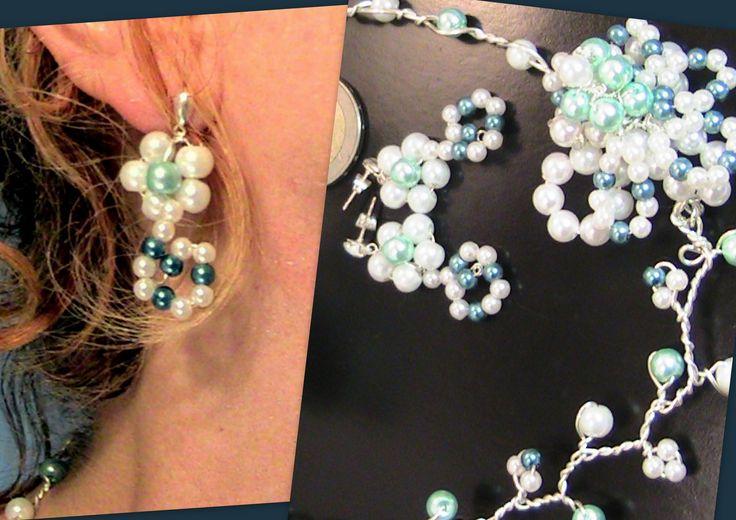 Boucles d'oreilles filigrané en perles blanc et bleu : Boucles d'oreille par…