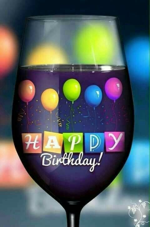 Herzlichen Glückwunsch zum Geburtstag auf Weinglas