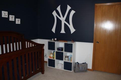 New York Yankee Logo Wall In Emmetts Room Yankees Pinterest Room And Nursery
