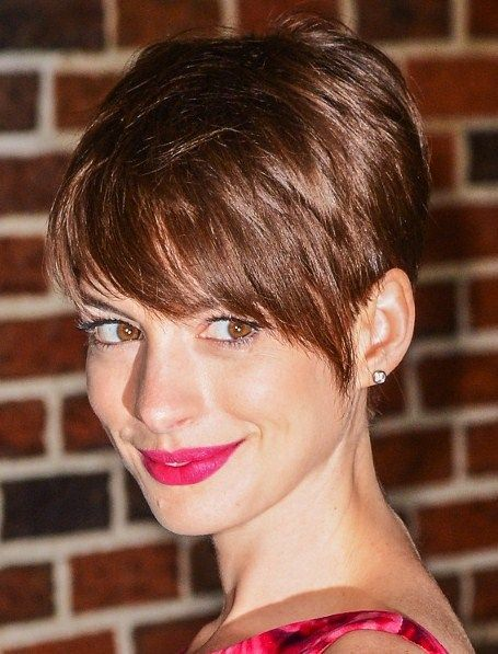 Anne Hathaway Raspberry Pink Lips