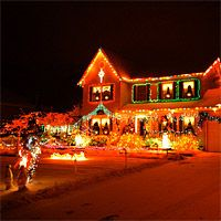 Have you put up the Christmas lights yet? San Diego Christmas Light Show – Holiday Light Tour