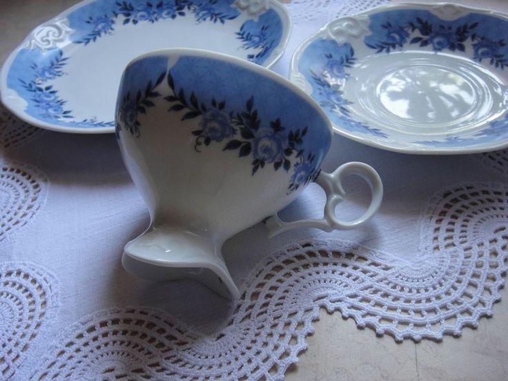 Plauen Porzellan Manufaktur Kaffeegedeck hellblaue Rosen und blaue Rand PMP