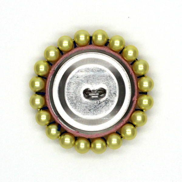 くるみボタンにビーズの縁取り(直接縫いつけ)(18)