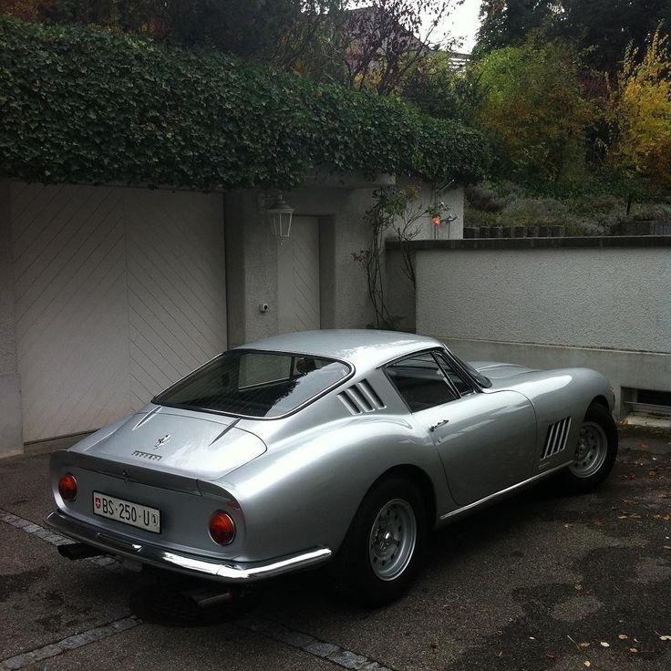 Aston Martin 007