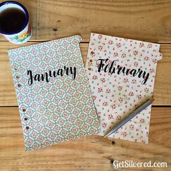 I've got a great file this week for those of you that use planners.  The file includes 12 (yes 12!) tabbed file dividers. One for each month. And there's a blank un-tabbed page there too. Have fun and plan your year! The File dividers fit a standard A5 planner with 6 holes. Options Use the…