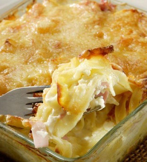 «Αμαρτωλά» ζυμαρικά με ζαμπόν και τυρί στο φούρνο σε 3 βήματα