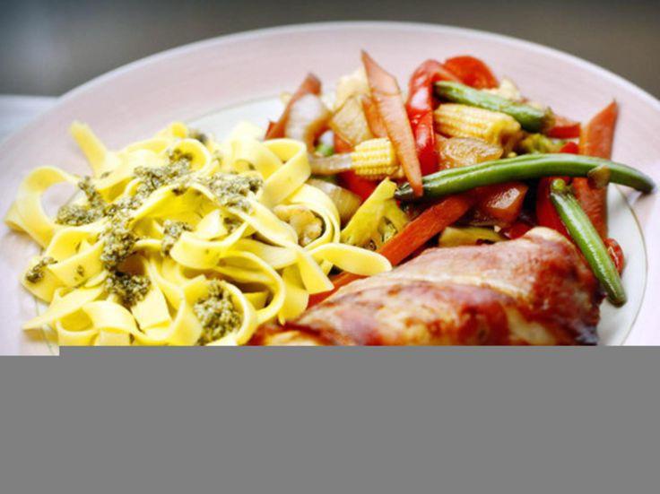 Enkel kyllingrett som du tilbereder mens du dekker bordet og blar gjennom dagens avis.Kilde: Fædrelandsvennen. Foto: Tore-André Baardsen