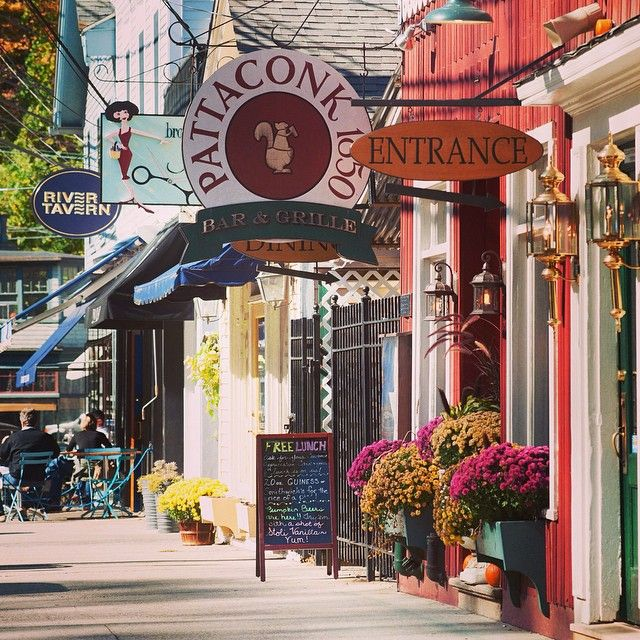 Small town charm abounds in Chester, CT. Explore the walkable downtown lined with galleries, shops and restaurants. #connecticutgram #ig_ct
