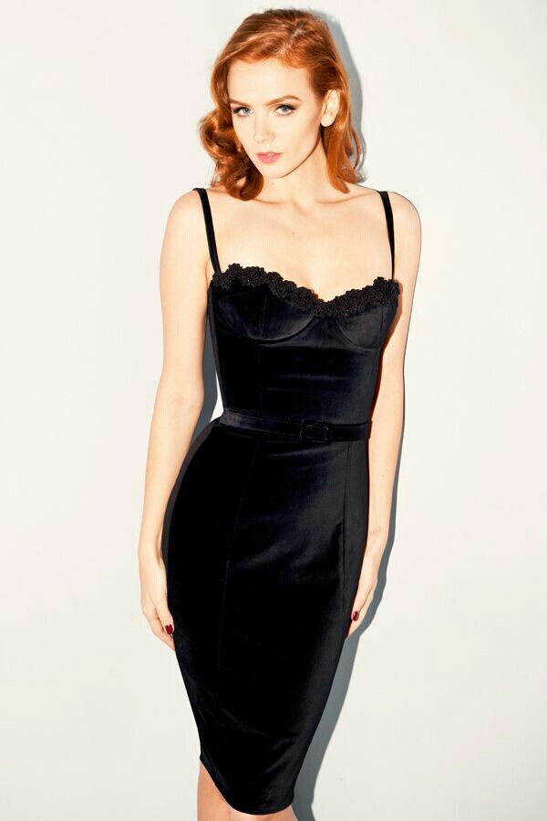 Classy redhead pin up black dress | Most beautiful ...