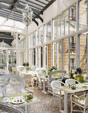 Bambi Sloan revisite le restaurant Les Climats - Toutes les visites privées