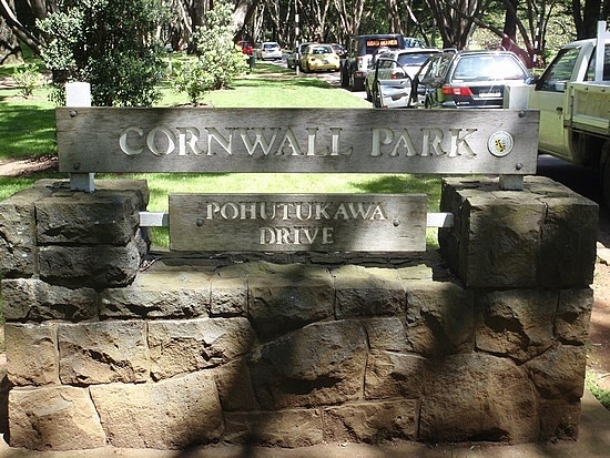 Google Image Result for http://images.travelpod.com/users/paul-charlotte/1.1257997564.the-entrance-to-cornwall-park.jpg