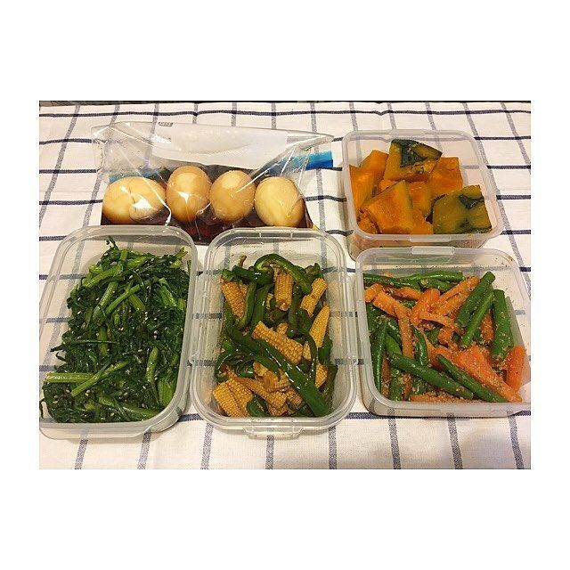 4月最終週🗓 ・ ・ #つくおき #副菜 編 ・ ・ *酢醤油煮卵 *かぼちゃの旨煮 *春菊のナムル *ピーマンとヤングコーンのオイスター炒め *いんげんの胡麻和え ・ ・ #作り置き #ごはん #お家ごはん #常備菜 #肉 #野菜 #主食 #主菜 #お弁当 #料理 #supper #dinner #meal #lunch #vegetables #meat #instacook #instafood #instagood #japanese #food #love #eating #yammy #hungry #allday #l4l #l4f