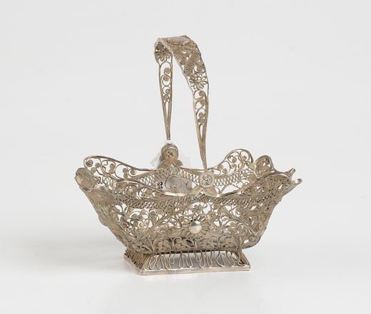 Rechthoekig filigrain zilveren kluwenmandje - J.J. Oosterbaan Jr., Leeuwarden (1824/1859) - gehalte 0.835 - 59 gram